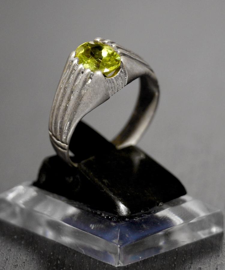 Grüner Zabarjad (Jade) Silberring
