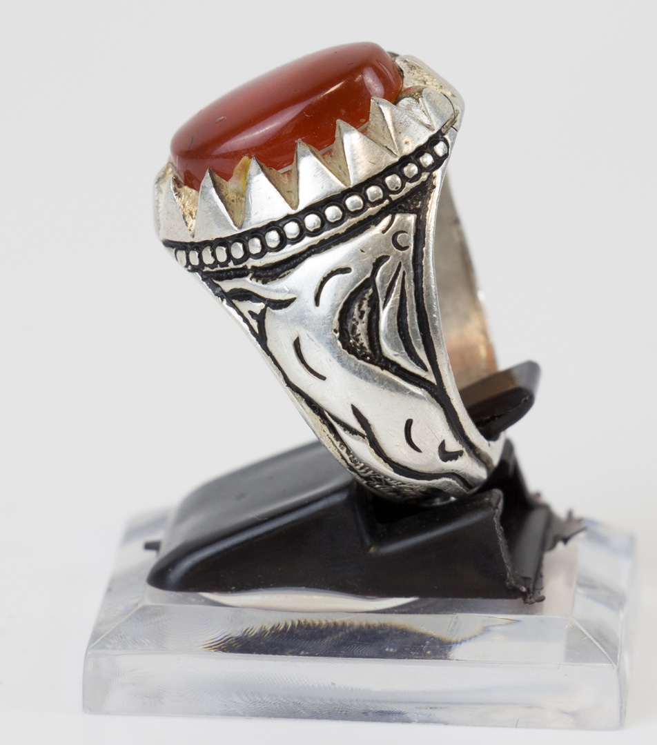 Aqiq Yamani ohne Gravur in Silberfassung Gr0e 62